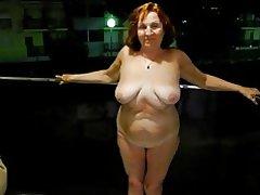 Sexy rijpe slet in hotel
